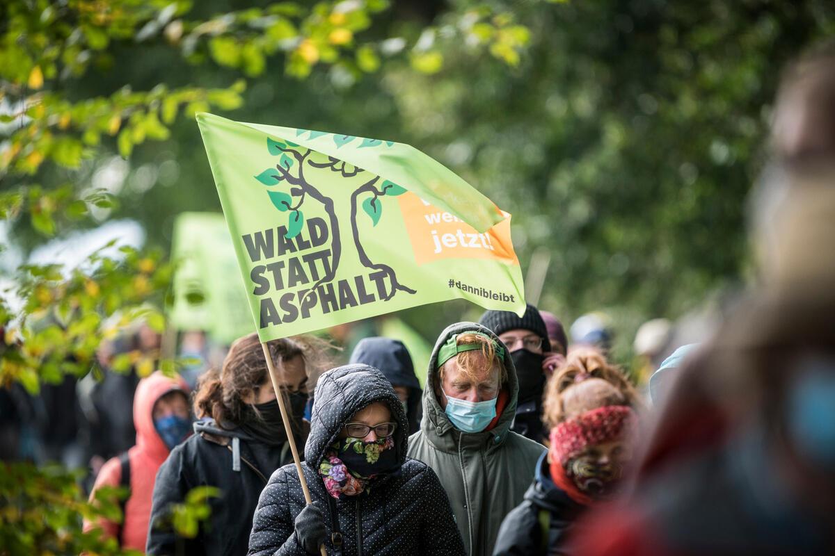 Demonstration at Dannenroeder Forest, © Bernd Lauter / Greenpeace